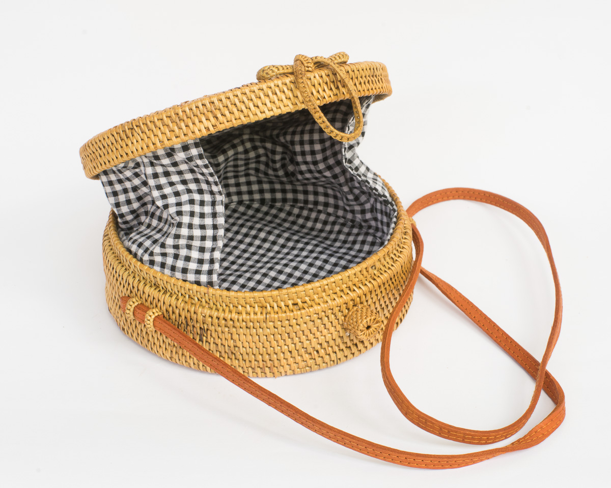 Open Weave Gingham Round Wicker Straw Bag 8fcb30d921f18