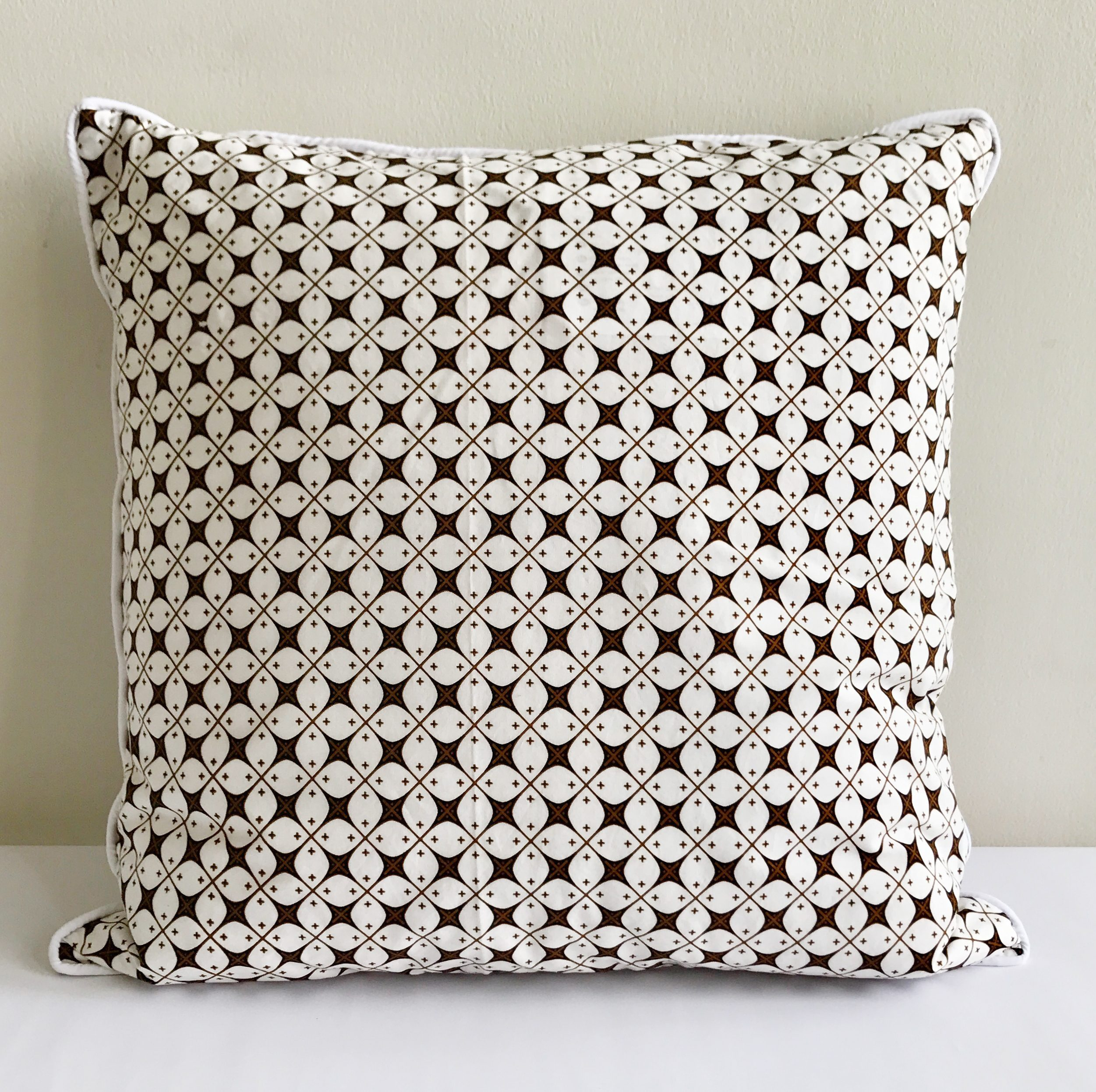 Well-liked Handsome Batik Throw Pillow Cushion Cover JY87